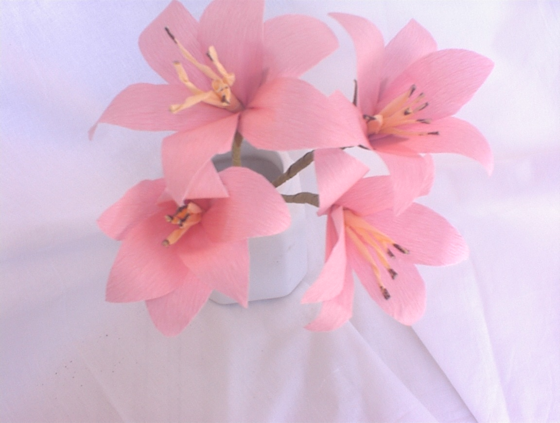 artificial flowers,Paper flowers,make paper roses,lily,tissue paper ...